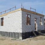 начальный этап монтажа крыши