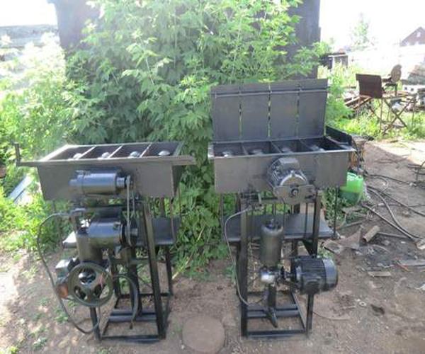 два вида станков для изготовления керамзитоблоков