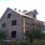Как построить дом из арболитовых блоков быстро и качественно