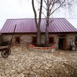 дом, построенный из бутового камня 1