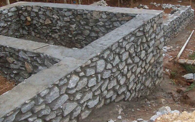как сделать из бутового камня фундамент