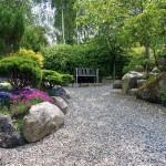 садовая дорожка, выполненная из гравийного щебня 3