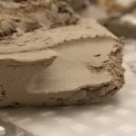 Шамотная глина — огнеупорный, очень прочный материал для кладки печей