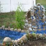 как выглядит оформление пруда пленкой с гравием