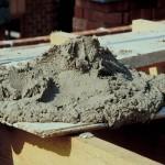 Глиноземитсый цемент как замазка для трещин и швов