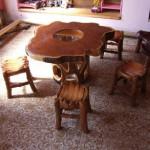 Как выглядят стол и стулья из кедра