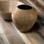 Как выглядит брашированная древесина лиственницы