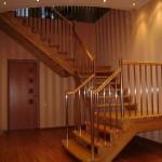 как выглядит готовая лестница из лиственницы
