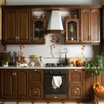 как выглядит кухня из массива дуба