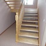 как выглядит лестница из сосны