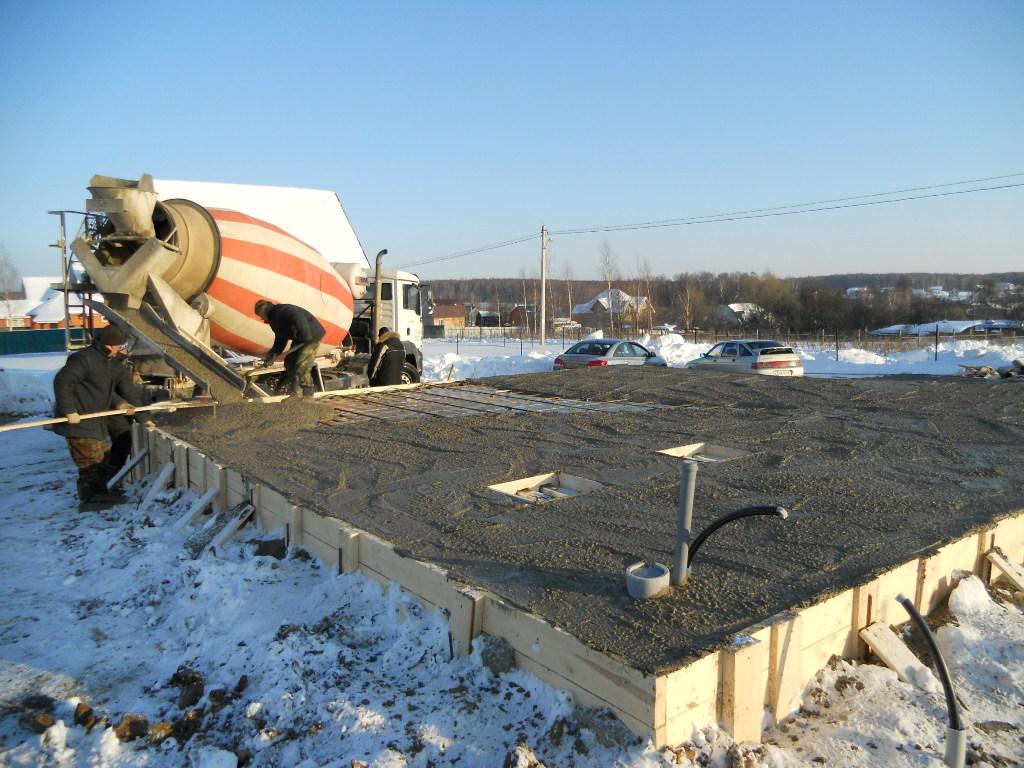 как в мороз халить бетон в сваи одной
