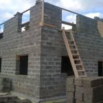 Cтроительство дома из арболита и применяемые технологии