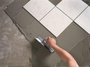 укладка керамической плитки раствор