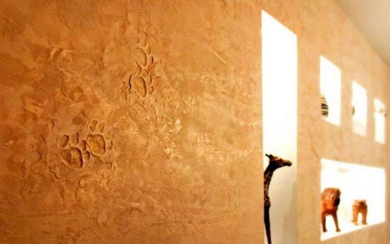 Декоративная штукатурка для стен в интерьере фото