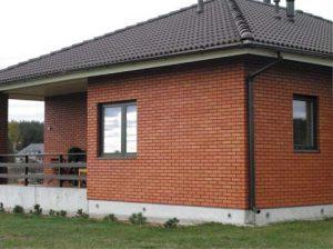 красный облицовочный кирпич дом и