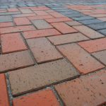 Тротуарная клинкерная плитка для мощения дорожек и площадок – особенности материала