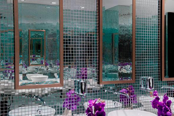 Дизайн стеклянной мозаики в интерьере