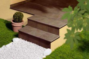 Плитка для крыльца и ступеней: цена, размеры, облицовка, производители