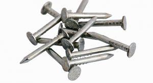 Изделия производятся из низкоуглеродистой стальной проволоки без термической обработки. Выпускаются черные и оцинкованные гвозди.