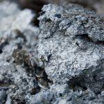Цинк в строительстве: особенности металла, его плюсы и минусы